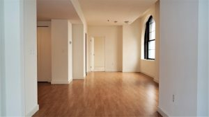 Unfurnished living room in Downtown Wilmington, DE apartment